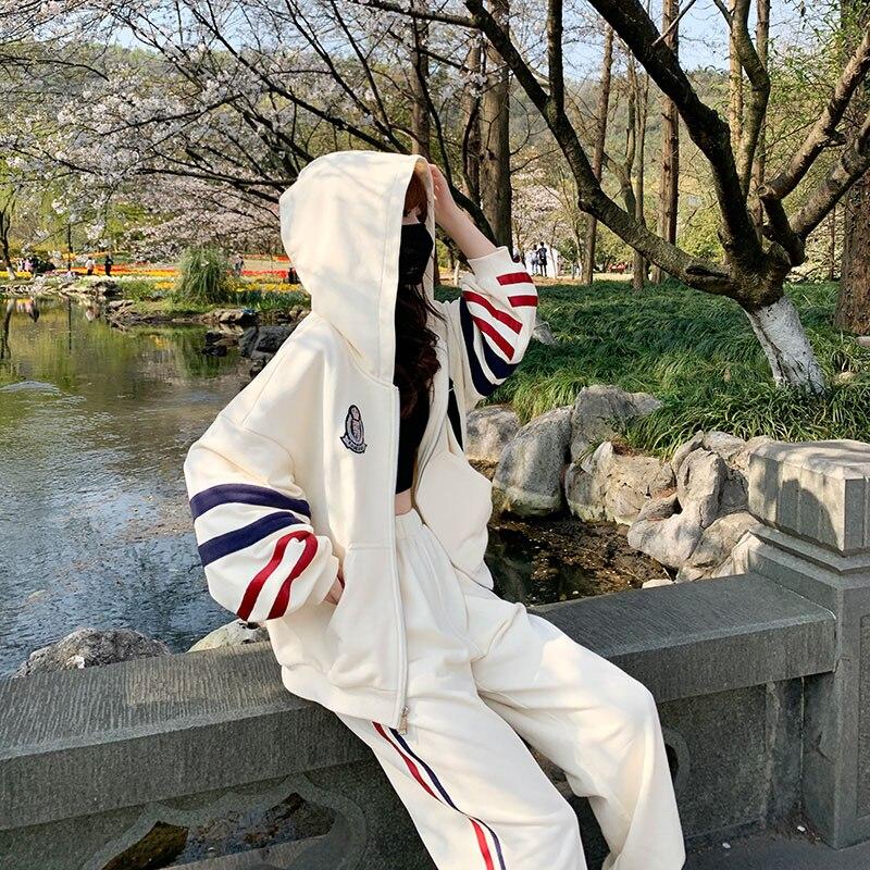 Женский спортивный костюм WANYUCL, белая куртка в полоску с капюшоном в Корейском стиле на осень и зиму, Свободные повседневные штаны, комплект ...
