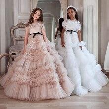 Без бретелек платья для девочек держащих букет невесты на свадьбе