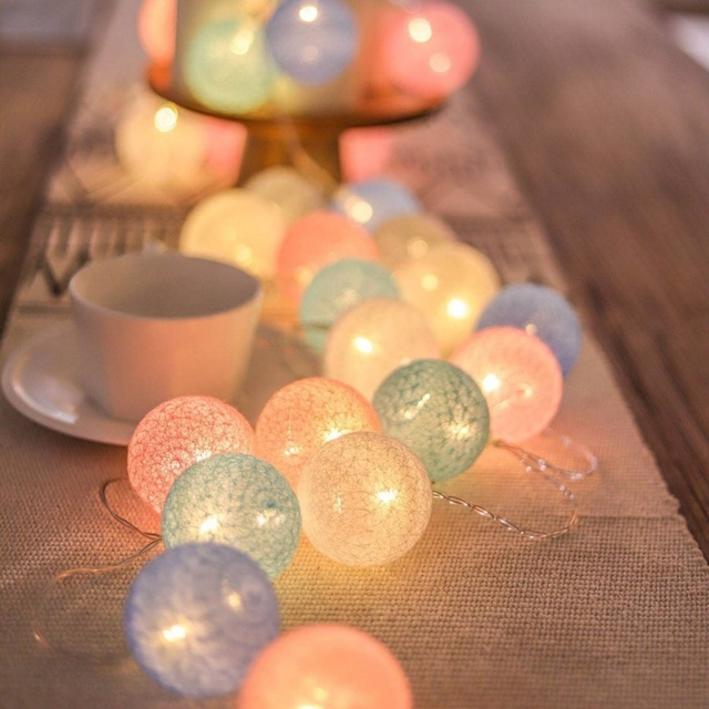20 LED Cotton Ball Garland String Lights Christmas Fairy Lighting Strings for Outdoor Holiday Wedding Xmas Party Home Decoration 2