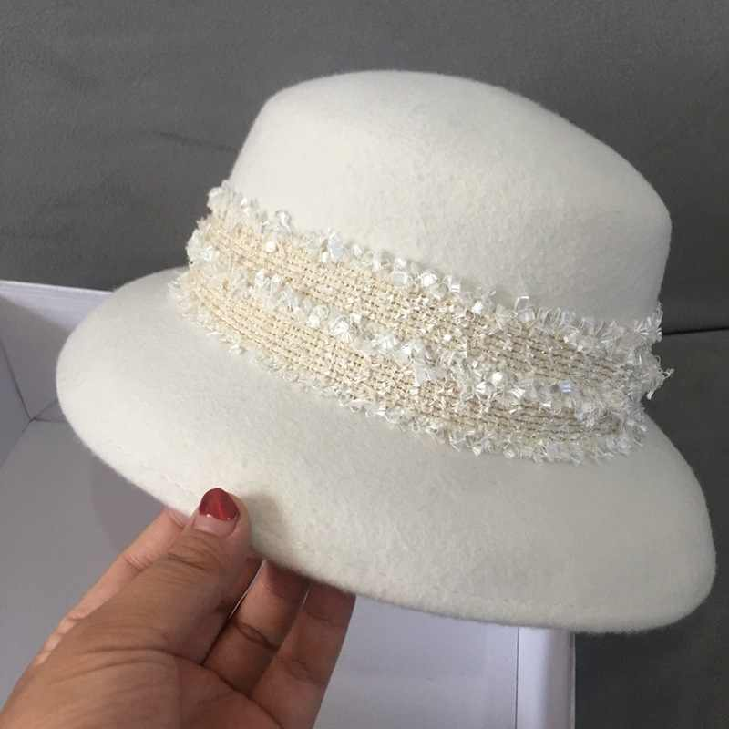 New Fashion White Wide Brim Wool Felt Hat Floppy Lace Band Winter Hat Cloche Bucket Bowler Hat Women Wedding Church Dress Hat