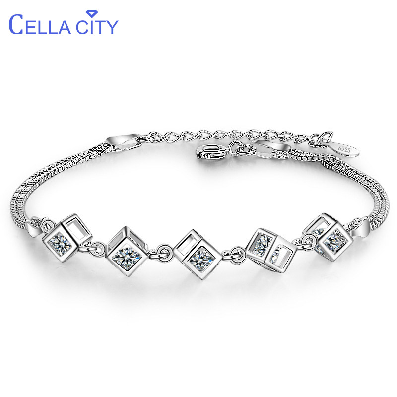 Cellacity Fashion Korean Style Silver 925 Jewelry Gemstones Bracelet for Women Square Shaped Crystal Female Gift Party Wholesale