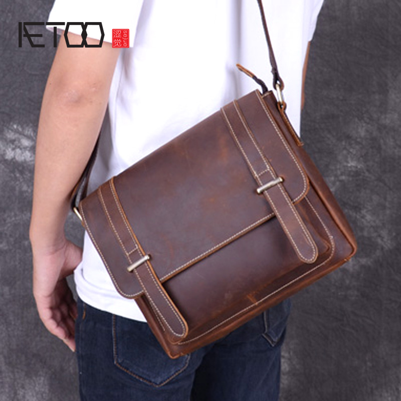 AETOO Cowskin sloping bag, mad horse leather men's shoulder bag, casual personality leather retro bag, trend men's postman bag