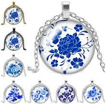 2019 Latest White Porcelain Petal Figure Series Glass Cabochon Jewelry Pendant Necklace Ladies Fashion Gift