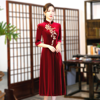 Women Traditional Chinese Dress Black Velvet Cheongsam Dresses Improvement Daily Embroidery Long