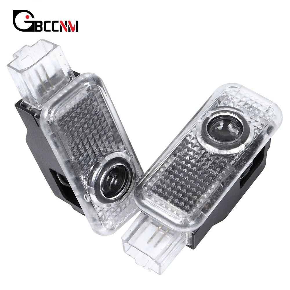 2 adet araba logosu kapı Led projektör için hoşgeldiniz ışık AUDI A1 A3 8P 8V 8L A4 B6 B7 B8 b9 A5 C5 A6 C6 C7 A7 A8 Q3 Q5 Q7 TT 80 90 100