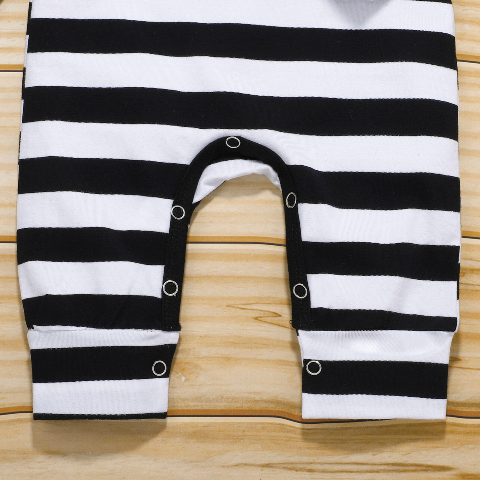 (0-12M) Baby Romper Set Winter Long Sleeve New Patch Printed Striped Button Romper + Hat + Saliva Towel Set детская одежда 50* | Happy Baby Mama