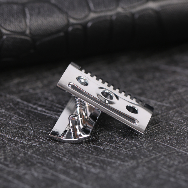 """""""The """"FLIPSIDE by Yaqi"""" A Dual Comb Dual Aggression Level Razor Head In Chrome 5"""