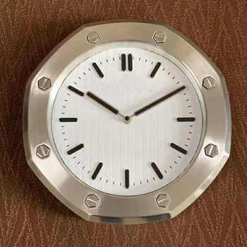 Metal Design Watch Shape Wall Clock with Luminous for Home Decortaion