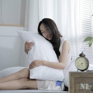 Image 4 - をmlily細断低反発枕マンチェスター · ユナイテッド頚椎抗菌整形外科人間工学ネック枕