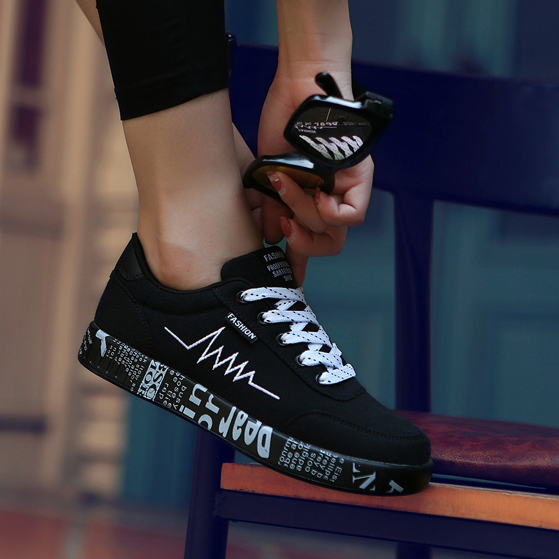 2020 Spring Women Shoes Black Sneakers Women Lace-up Print Casual Shoes Low Top Graffiti Canvas Shoes Woman Flat High Quality