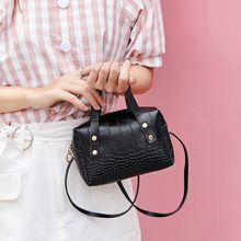Luxury Crocodile Pattern Crossbody Bags For Women Square Messenger Bag Pu Leather Handbags Shoulder Bag Sac Main Bolsos Mujer(China)