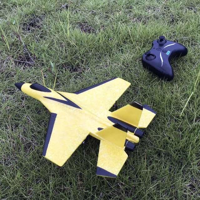 2.4G Glider RC drone SU35 Fixed wing airplane Hand Throwing foam dron Electric Remote Control Outdoor RC Plane toys for boys F22 4