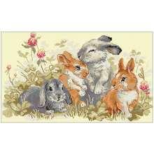 Четыре маленьких кроликов животные узоры счетный крест 11ct