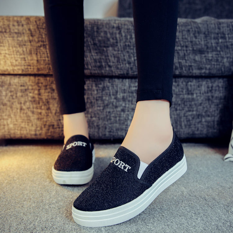 2020 New Women's Old Beijing Cloth Shoes Canvas Shoes Spring Summer Autumn Thick Bottom Students Small Peach Heart Flat Shoes