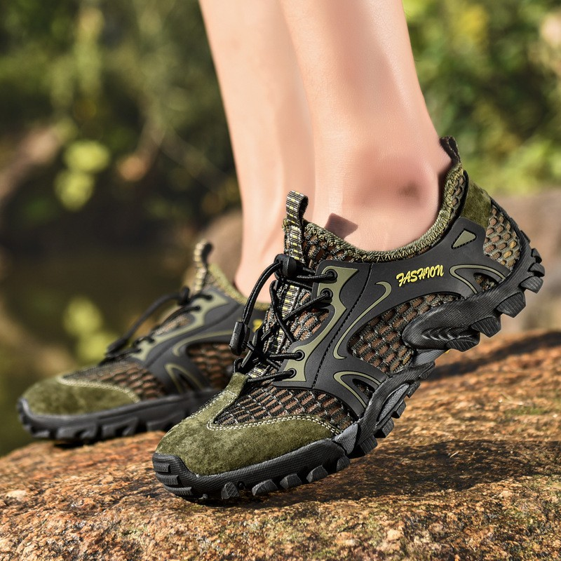 Summer Breathable Men Hiking Shoes Mesh Outdoor Men Sneakers Climbing Trekking Shoes Men Sport Shoes Quick-dry Water Shoes