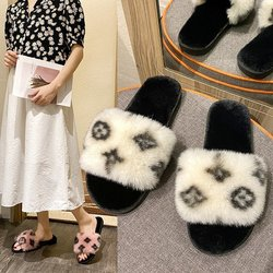 New Fashion Warm Shoes Woman Winter Slippers Faux Fur Women Slippers Slip on Flip Flops Fur Slippers Female Slides Plus Size