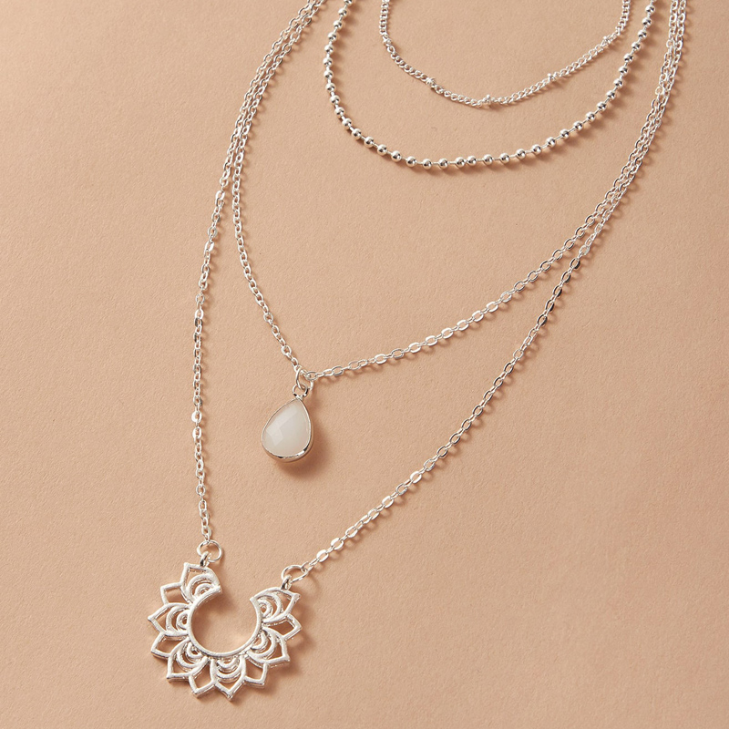 Tocona Bohemian Water Drop Rhinestone Flowers Pendant Necklace Silver Color Chain Choker Jewelry for Women Accessories 9495