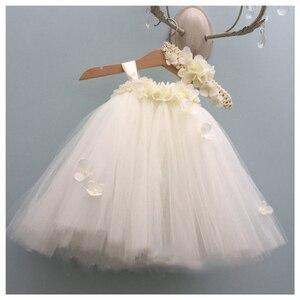 Image 1 - فستان فتاة الزهور الأبيض الكوبية للأطفال فستان عيد الميلاد بدون أكمام برقبة دائرية ورداء الأميرة منفوش للفتيات فستان توتو لعيد الميلاد