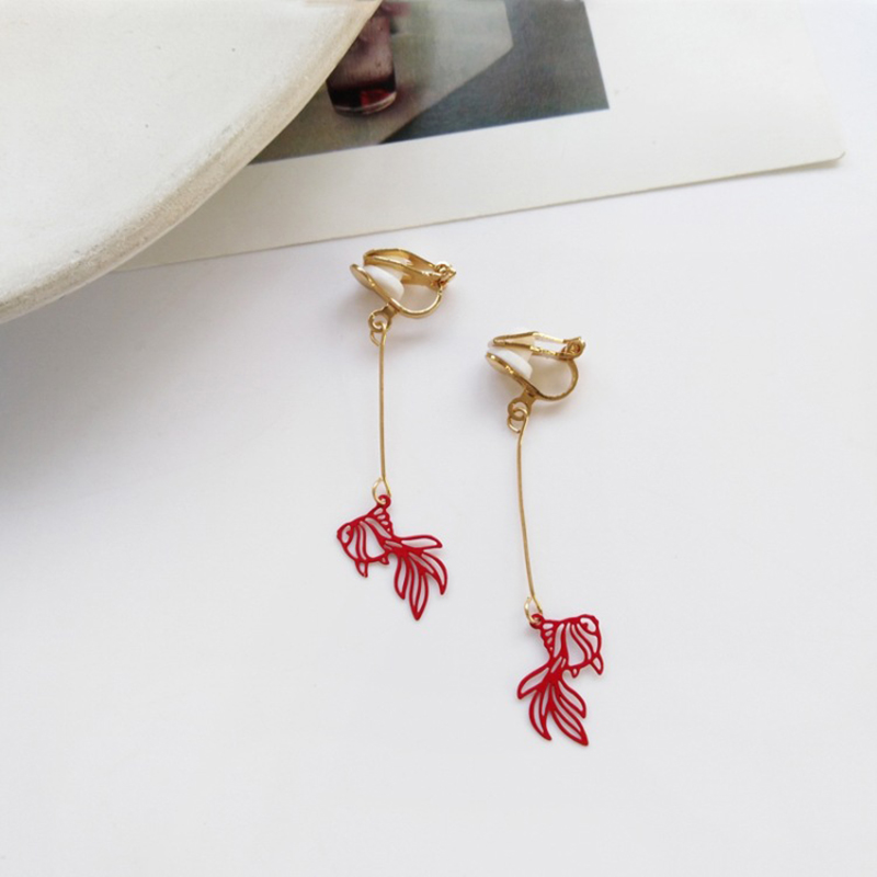 Red Ear Clip