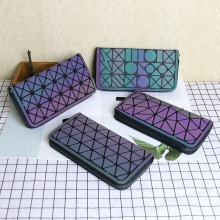 Ladies long fashion large capacity new zipper colorful color luminous geometric diamond wallet clutch Kiplingde  bag