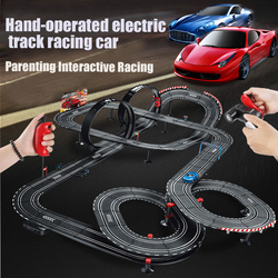 2019 neue Junge elektrische doppel racing track racing spielzeug kinder fernbedienung hand kurbel auto doppel track anzug Weihnachten geschenk