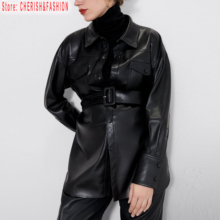 feminina de falso preto