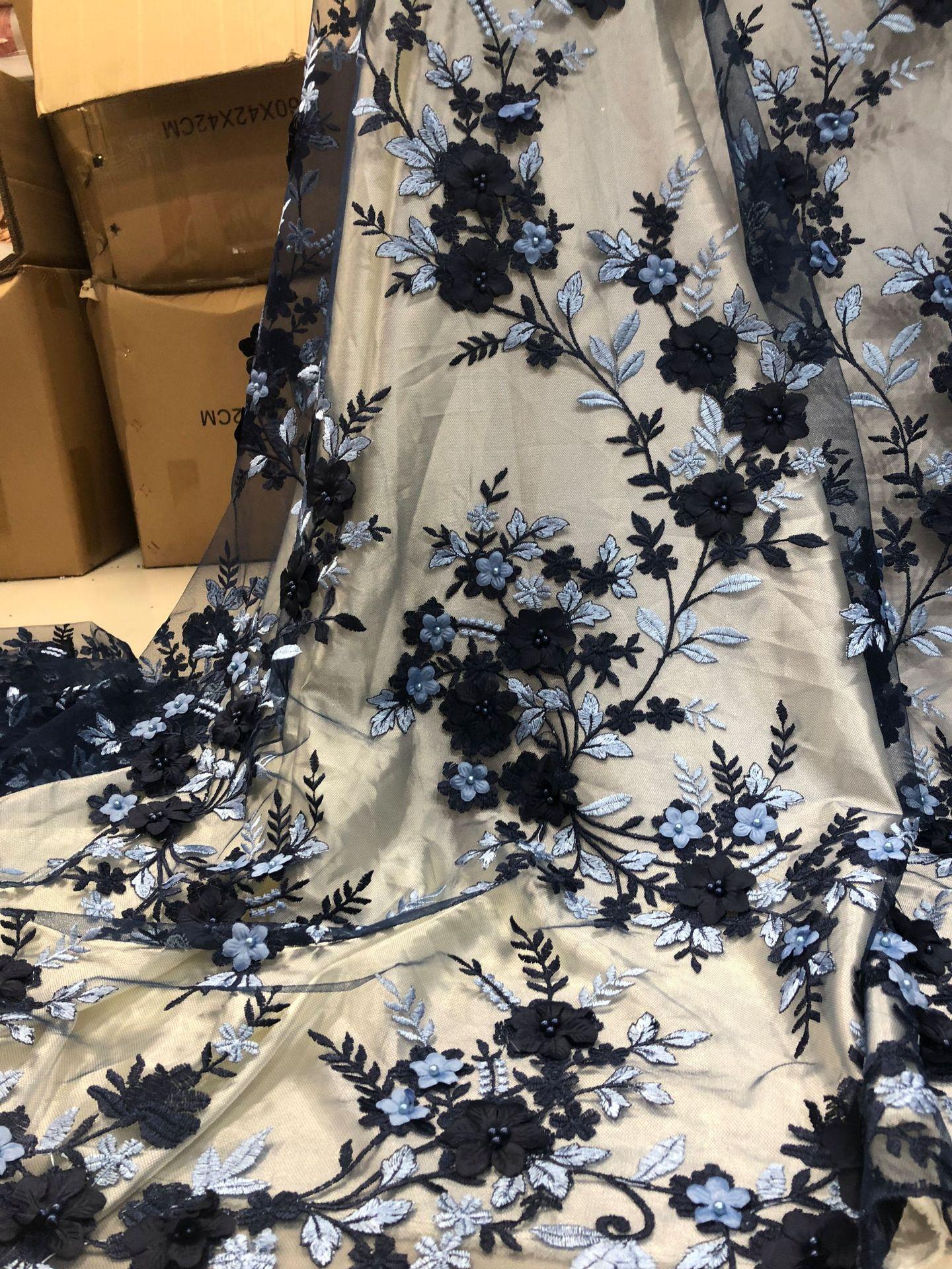 Nouveau 3D broderie robe de mariée tissu dîner robe formelle perles brodé dentelle tissu dentelle ruban dernière dentelle tissu dentelle garniture