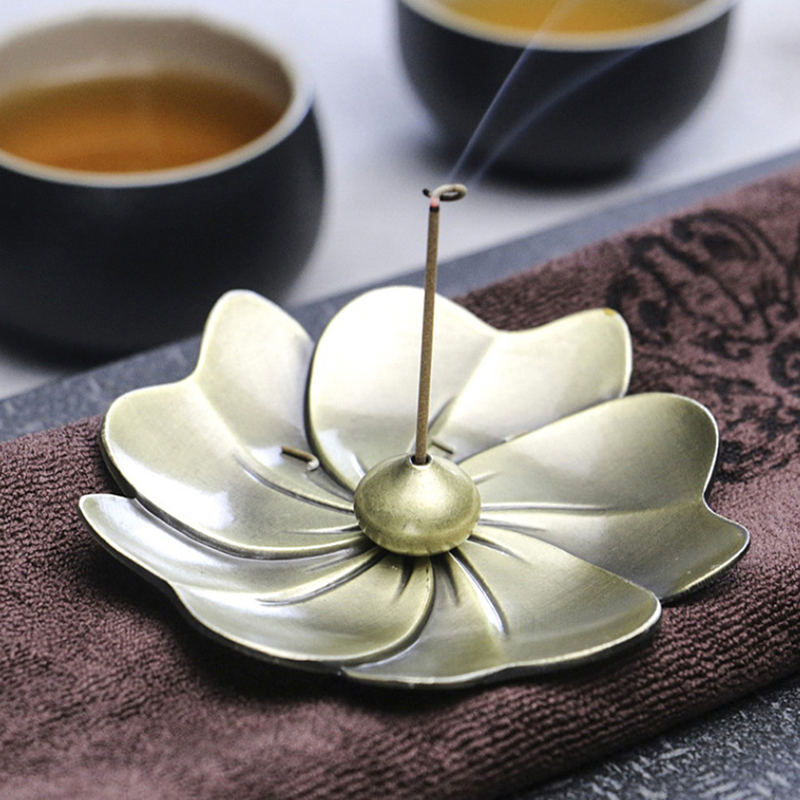 1PC Flower Shape Home Incense Holder Metal Lotus Backflow Incense Burner Alloy Fragrance Furnace Plate Stand Perfume