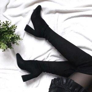 Image 2 - Женские сапоги из флока QUTAA, Черные Сапоги выше колена на высоком каблуке, на шнуровке, зимние сапоги, размеры 34 43, для осени и зимы, 2020