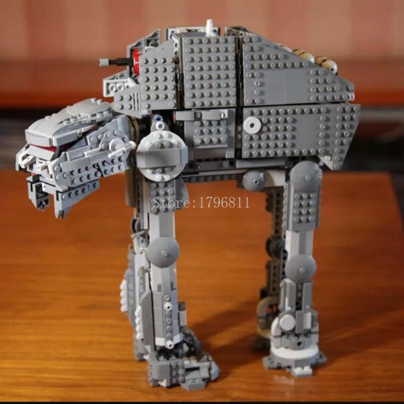 Brand New in Sealed Box STAR WARS First Order Heavy Assault Walker LEGO 75189