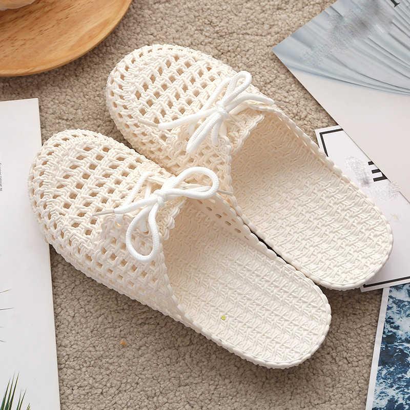 Yazlık terlik ayakkabı kadın 2020 kapalı ayak nefes Flip flop kadın oyma dantel up PVC açık düz plaj slayt sandalet