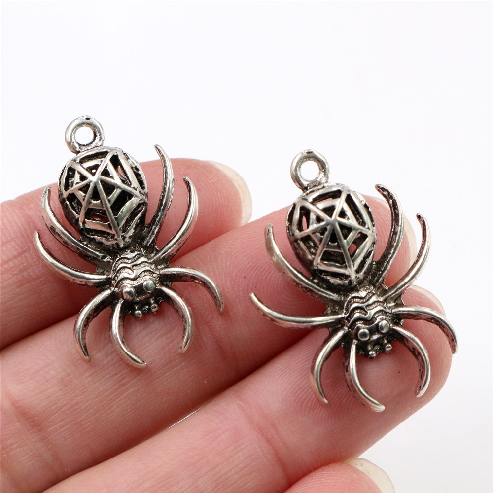 5 pieces Spider Skull Silver Tone Alloy Charms Pendant Necklace Retro Style