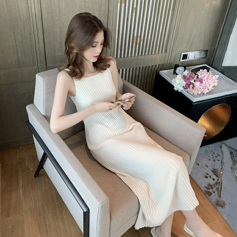 VICONE New Spring And Summer Knit Dress Female Joker Dress With Shoulder-straps Dress