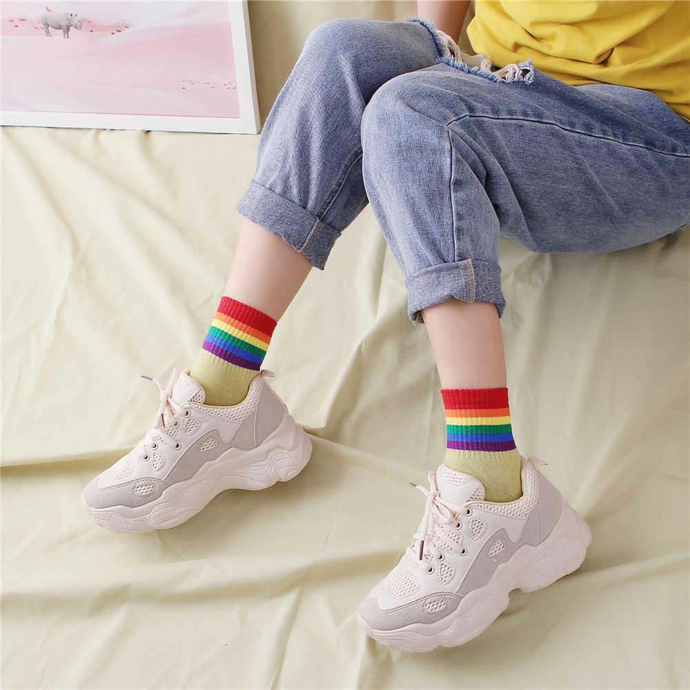 Kızlar şeker renk gökkuşağı çizgili sıcak yumuşak kış noel moda gelgit çorap Harajuku Hipster kaya sokak dans sox Dropship