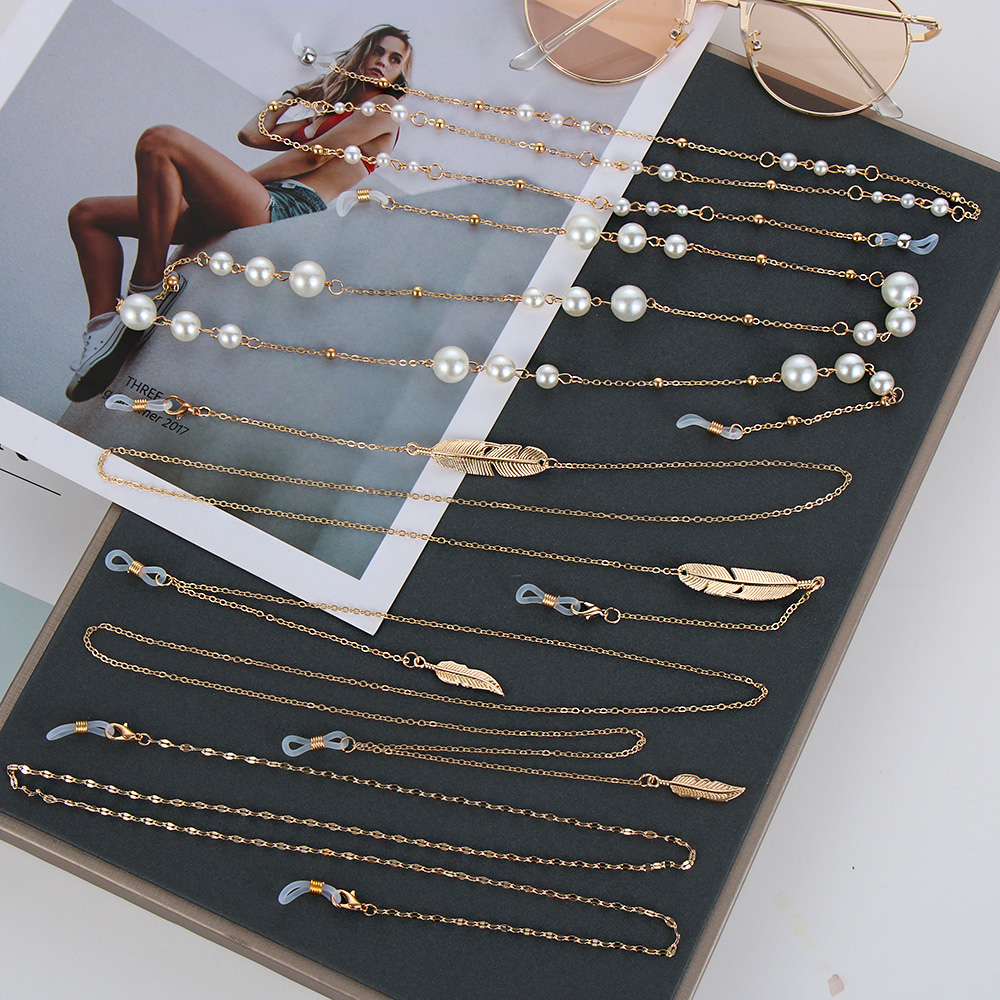 70/80/90cm Womens Eyeglass Chains Sunglasses <font><b>Reading</b></font> Beaded <font><b>Glasses</b></font> Chain Leaf Eyewears Cord Holder Gold Black Neck Strap Rope image