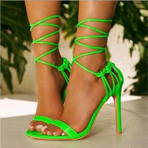 Image 4 - Kcenid ファッション 2020 夏の女性のサンダル pu レースアップノット女性のハイヒールのサンダルセクシーなヒョウの女性の靴 sandalen パンプス新