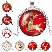 2019 Hot Sale of The Latest Christmas Cute Deer Pattern Series Glass Convex Pendant Necklace Fashion Jewelry Gift