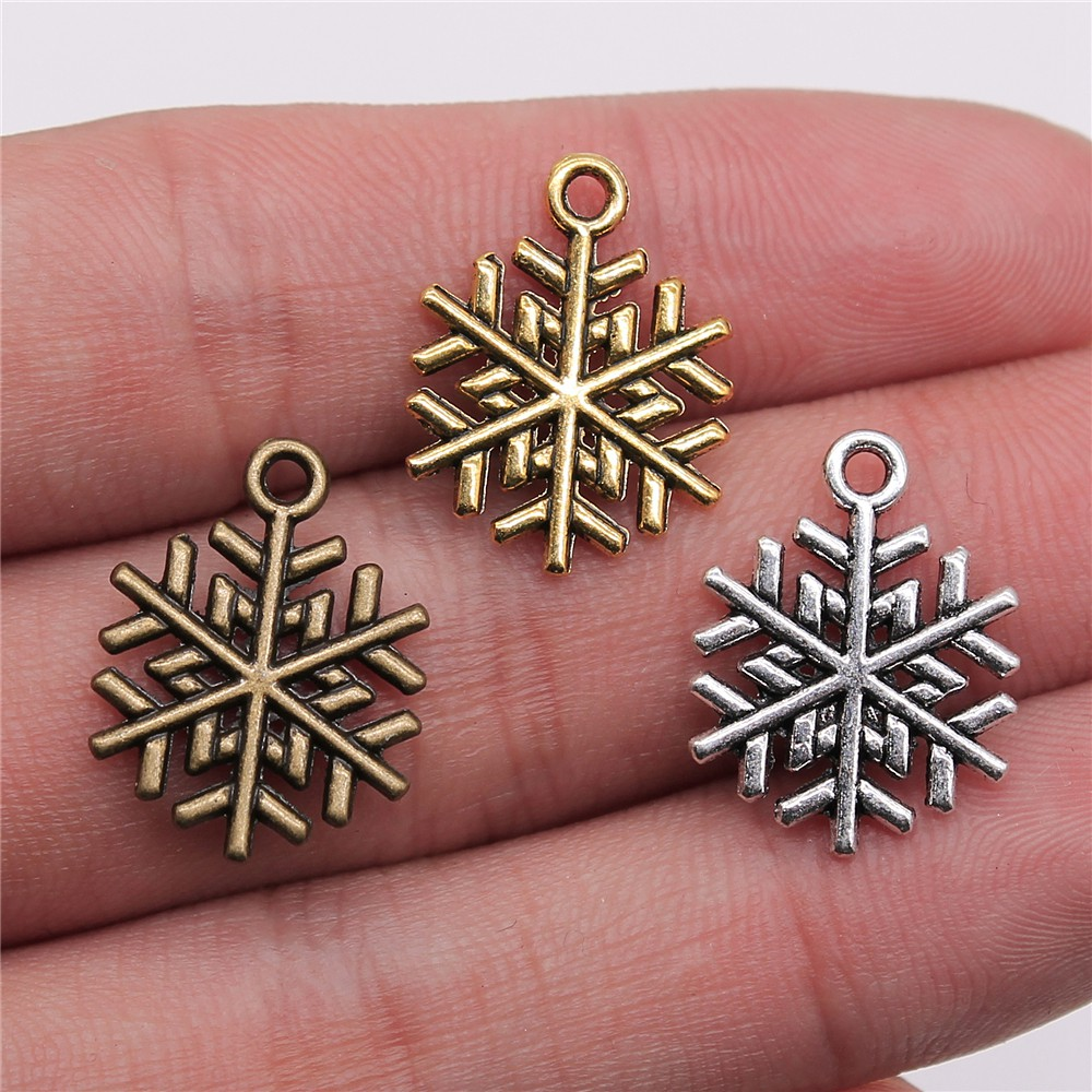 100PCs Silver Tone Acrylic Beads Snowflake X-mas Christmas Jewelry Findings DIY