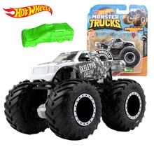 Original Hot Wheels Monster Trucks Giant Wheels 1:64 Car Toy Hotwheels Diecast Big Foot Model Car Boys Toys for Children Gifts