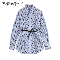 TWOTWINSTYLE azul rayas Casual fajas Slim camisa de las mujeres manga larga solapa Coreana de moda mujer blusas Otoño de 2021 estilo 2021