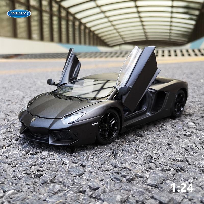 WELLY 1:24 Lamborghini Aventador LP700-4  Car Alloy Sports Car Model Diecast  Tail Car Wheels Toys For Children