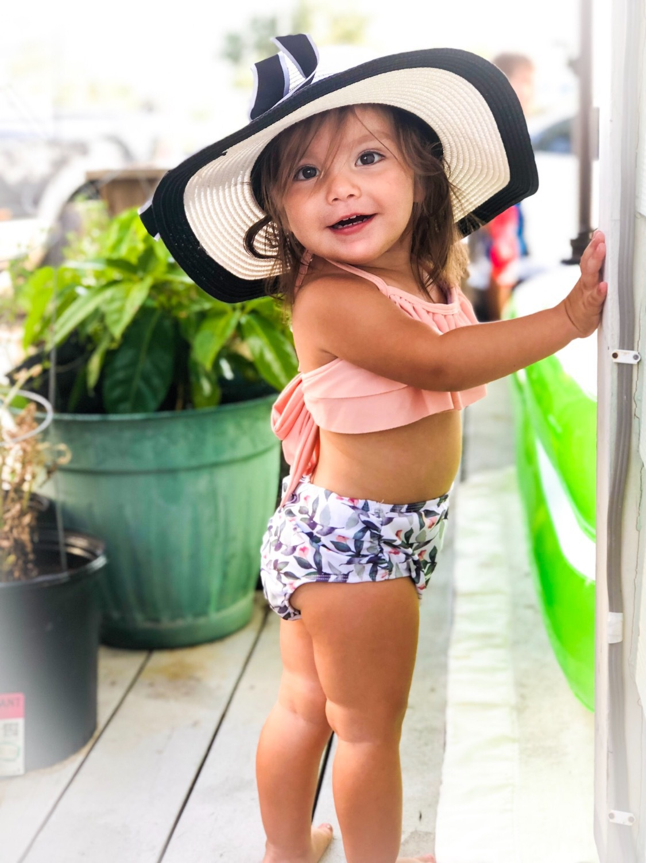 Childrenswear Summer Kid's Swimwear Girl's Swimsuit Top Shirt With Narrow Straps Briefs Children's Bathing Suit Pre-sale