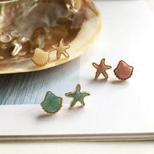 New Asymmetrical Shell Shape Earrings Women Fashion Korean Temperament Earrings Cute Sea Stud Ear Jewelry Earrings цена 2017