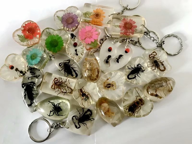 Sale  12 Pcs Mixed Fashion Insect Flower Style Keychain