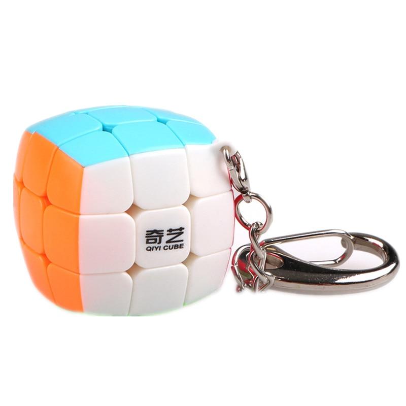 QiYi Mini Keychain Cube 3x3x3 Pendant Chain Key Ring Mini Magic Cube 3x3 Small Speed Cube Puzzle Toys For Children Beginner