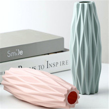 Modern Decorative Vase Creative Flower Arrangement Retro Simple Room Decoration Plastic Home Morandi Home Ornaments
