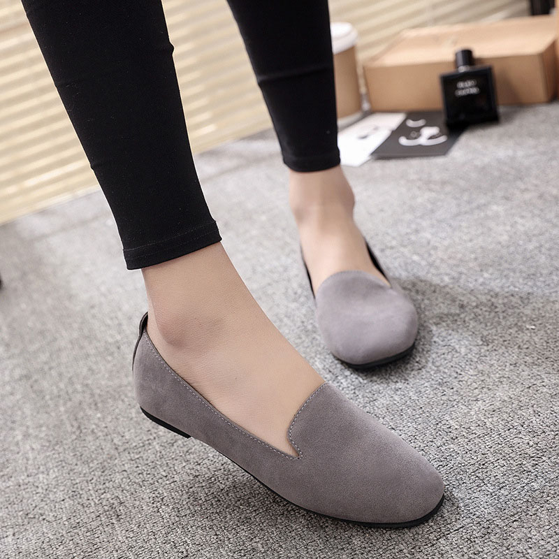 2020 Spring and Autumn New Fashion Wear-resistant Comfortable Shallow Mouth Round Head Ladies Flat Peas Shoes