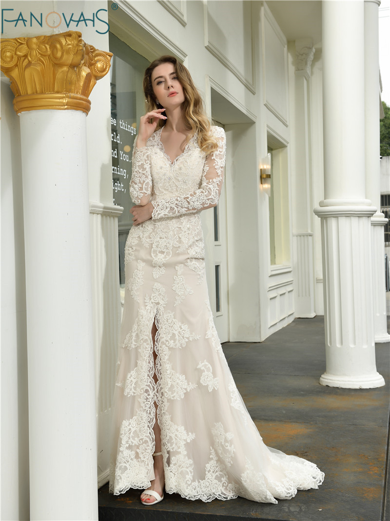 Vintage Champagne Wedding Dress 2019 Long Sleeves Lace Wedding Gowns Robe De Mariee Sexy Front Slit Bridal Dress Trouwjurk
