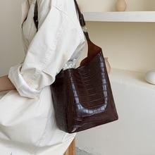 цена на Casual Stone Buckets Bag For Women Handbags Fashion Designer Shoulder Bags Luxury Pu Leather Messenger Bag Large Capacity Tote