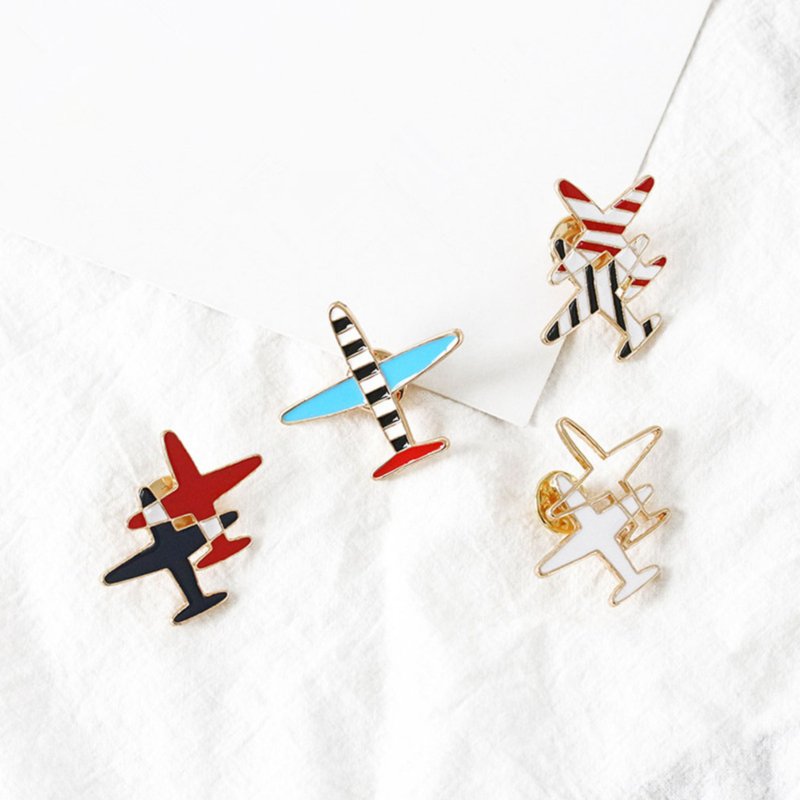 Small Airplane Striped Drip Brooch Corsage Badge Badge Wild Clothes Fashion Jewelry Accessories image